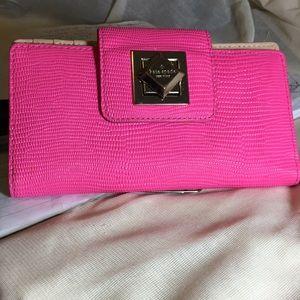 Kate Spade Wallet .